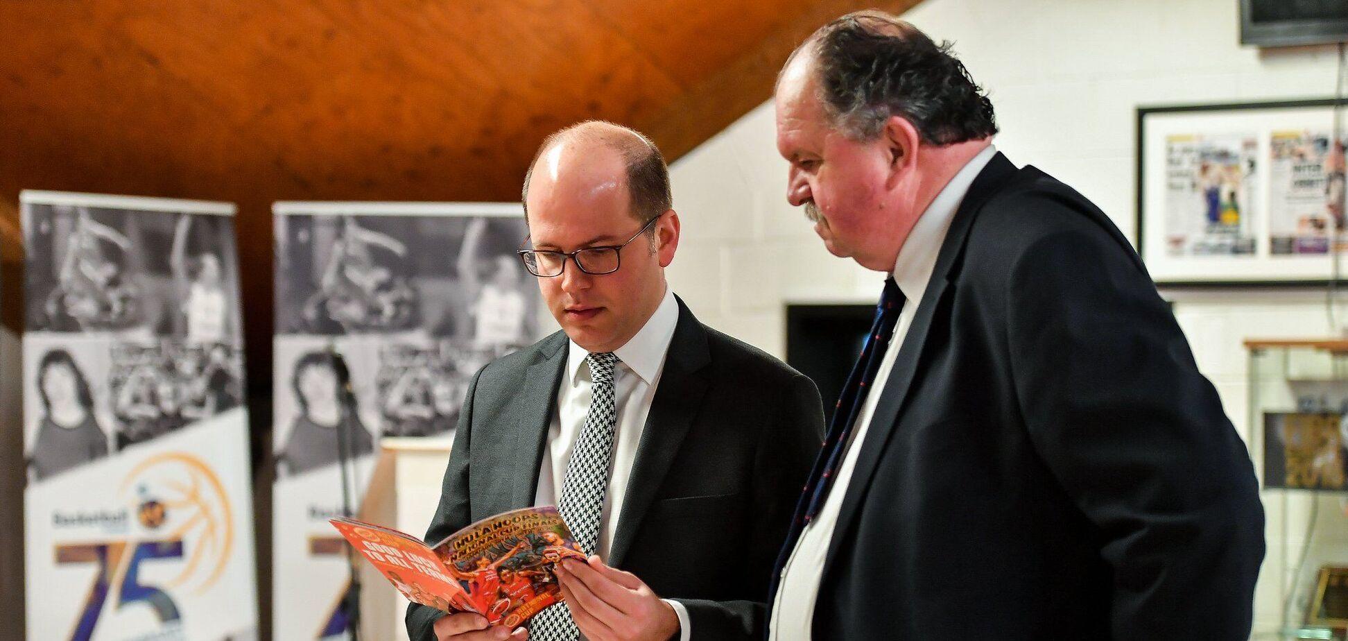 Андреас Загкліс (зліва)