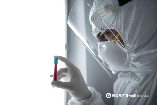 Ученые изучают новый штамм коронавируса