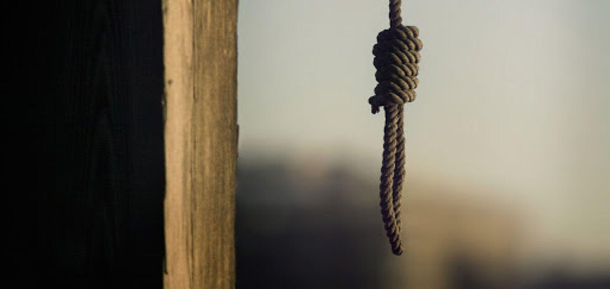 Под Кривым Рогом мужчина сжег дом и покончил с собой