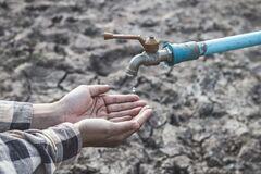 Из-за засухи некоторые районы Крыма остались без питьевой воды