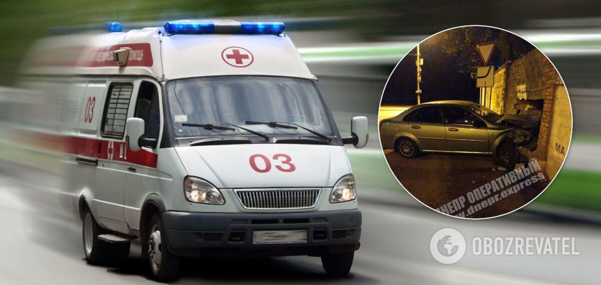 В Днепре подросток на скорости разбил авто об пункт металлолома