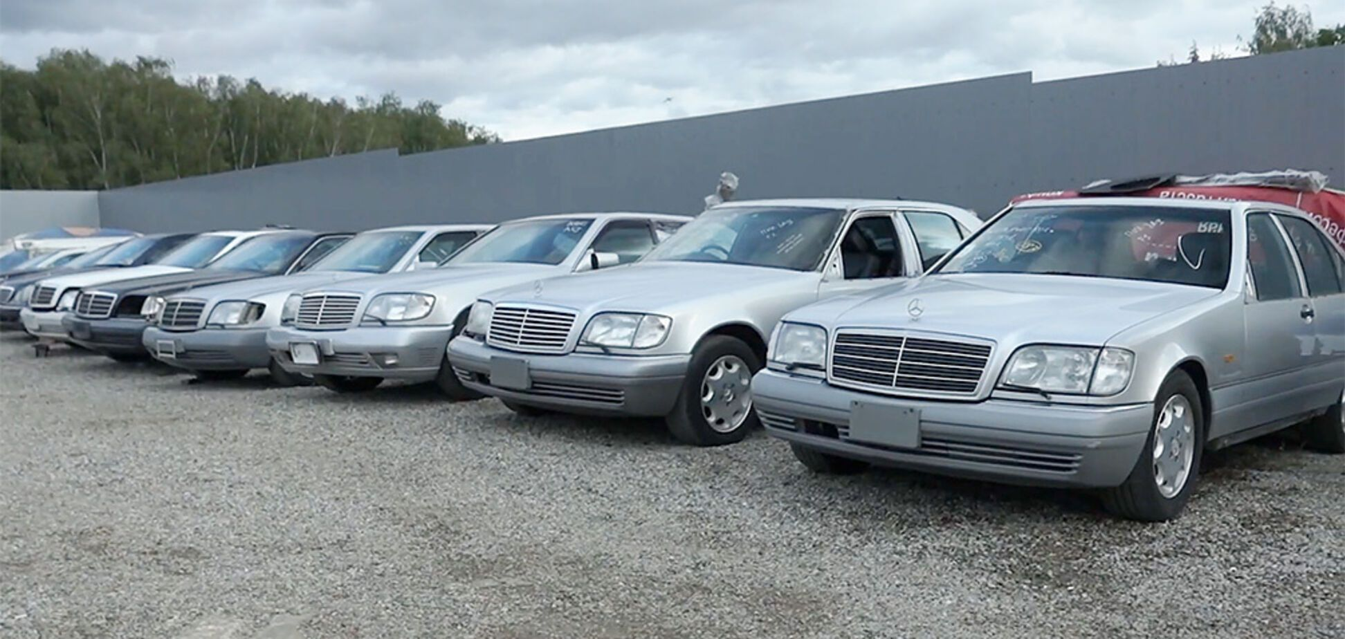 Блогеры нашли партию идеальных Mercedes W140: машины будут уничтожены