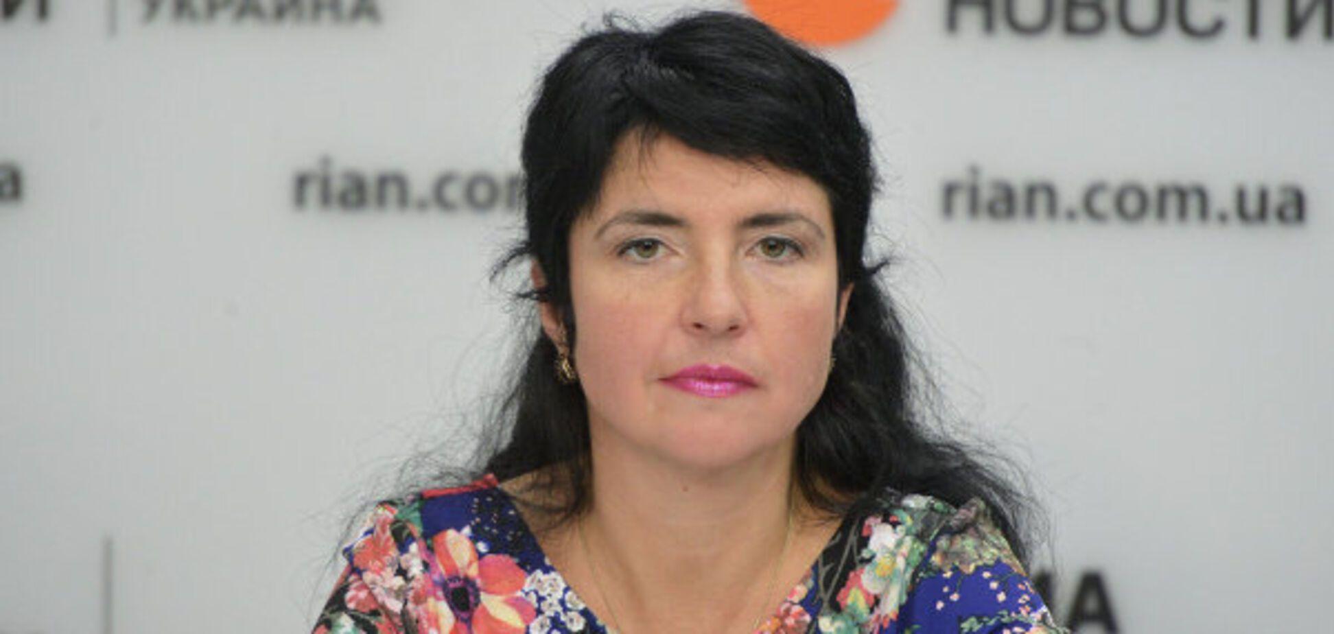 'Козырные дамы' идут в местные советы, – политолог