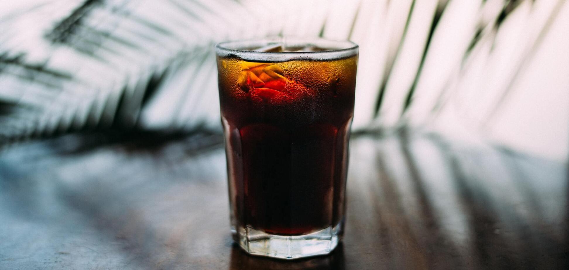 Сладкие напитки через грудное молокомогут негативно сказаться на когнитивном развитии ребенка