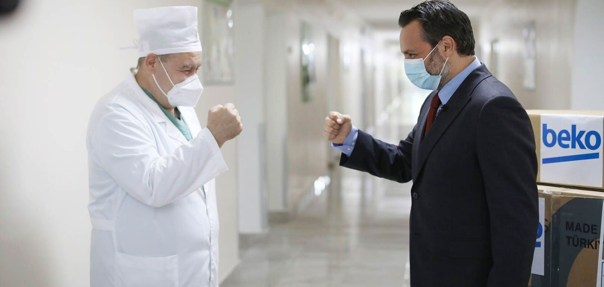 Компания Беко подарила аппараты ИВЛ украинским больницам