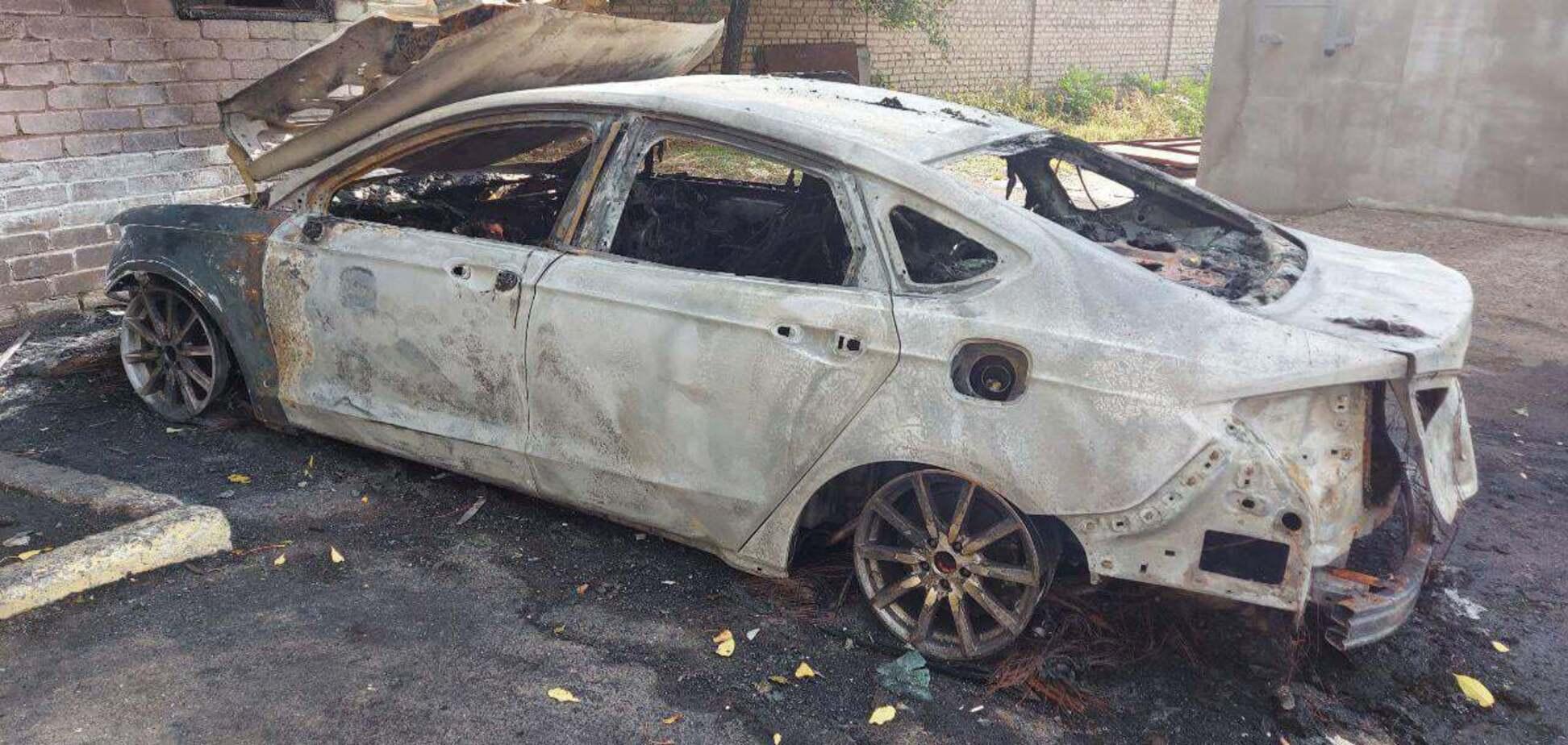 Денису Жело сожгли авто