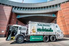 Електрична вантажівка Mack буде прибирати сміття у Нью-Йорку