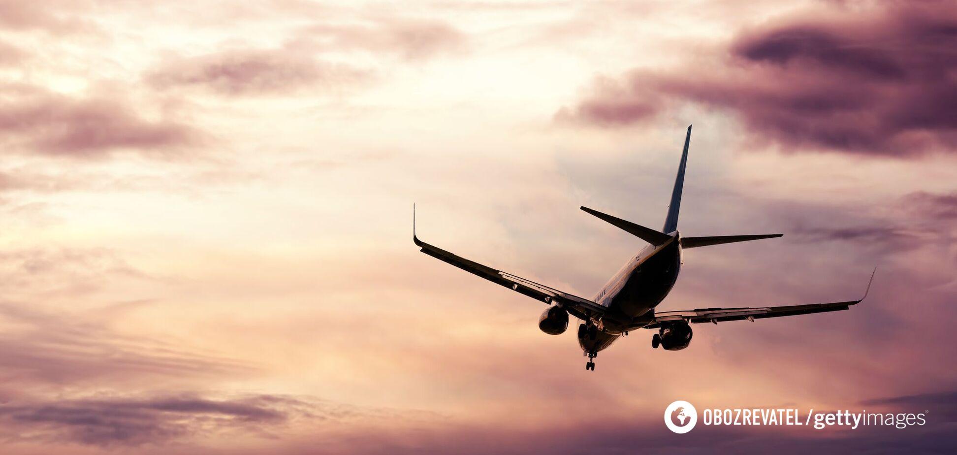 Румунія тимчасово зупинила авіасполучення з Україною