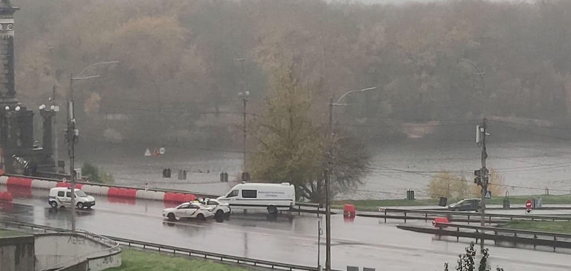 У Києві перекривали міст Патона через 'мінування'