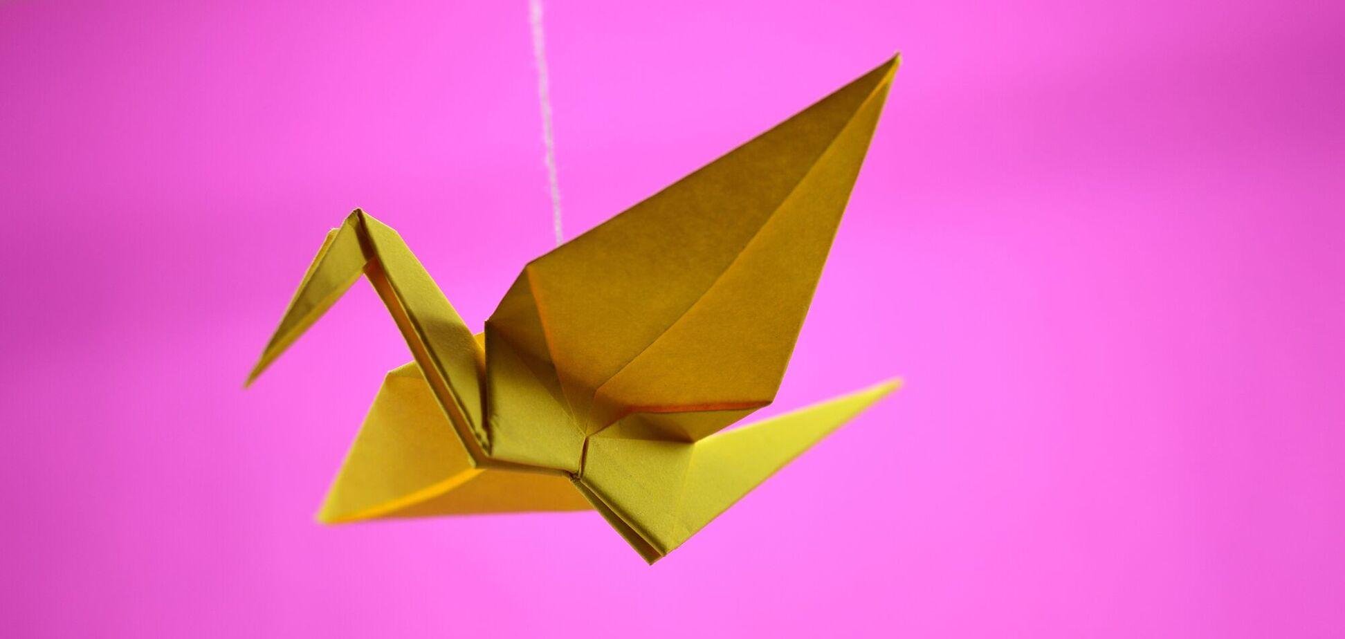 Всесвітній день орігамі відзначається з 1980 року