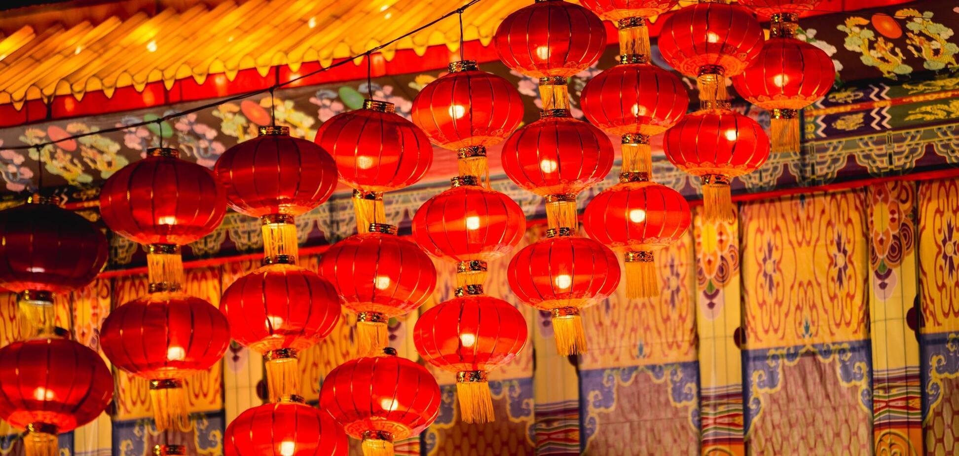 ВКитае Новый год отмечают две недели, чтобы задобрить его символ
