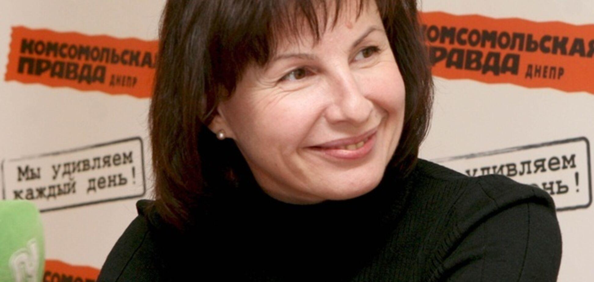 Ексчиновниця Дніпра, яка розкрала бюджет, роздає поради щодо обрання мера