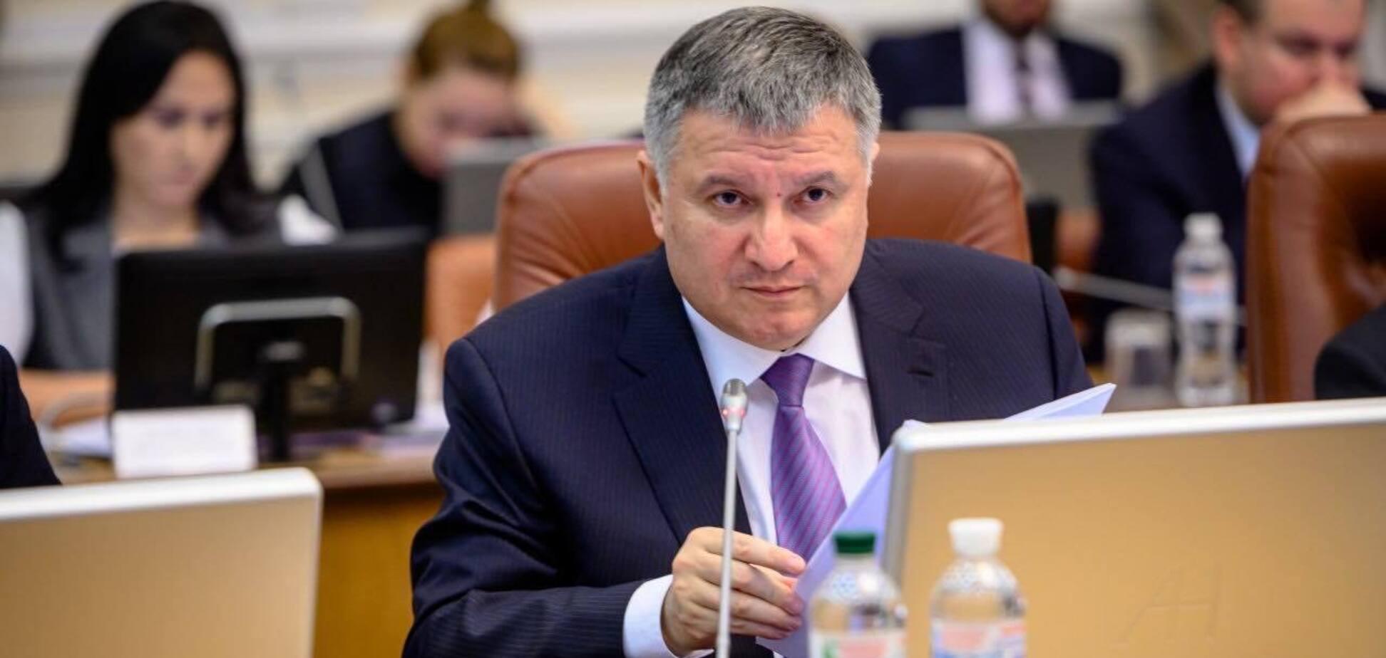 Аваков і Ткаченко виступили за повний локдаун замість карантину вихідного дня