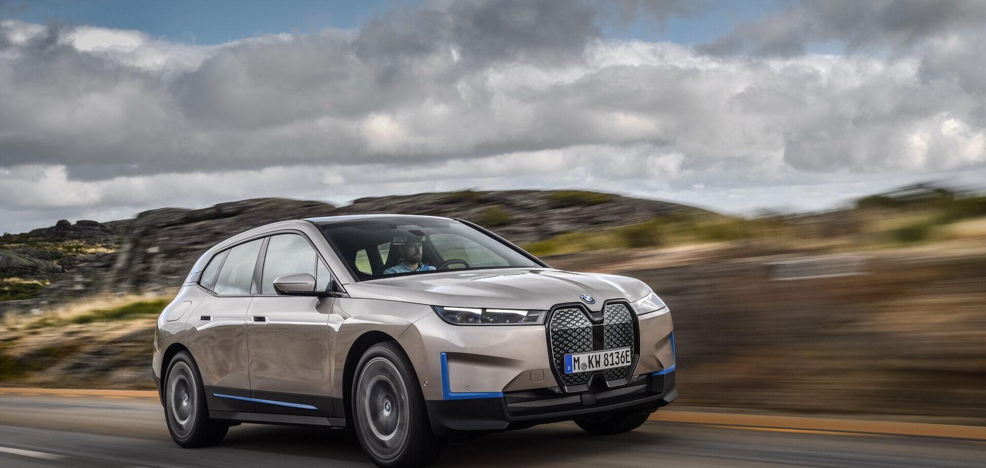 BMW представила новий позашляховик: електричний аналог X5