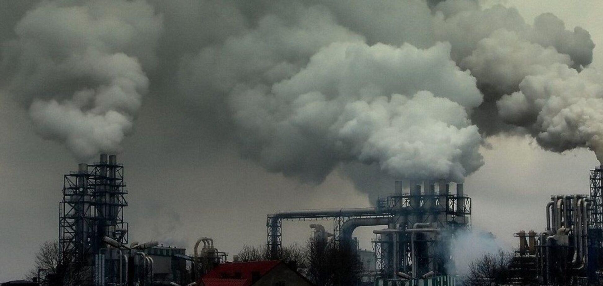 В Україні серйозно знижують шкідливі викиди лише окремі підприємства, – міністр екології