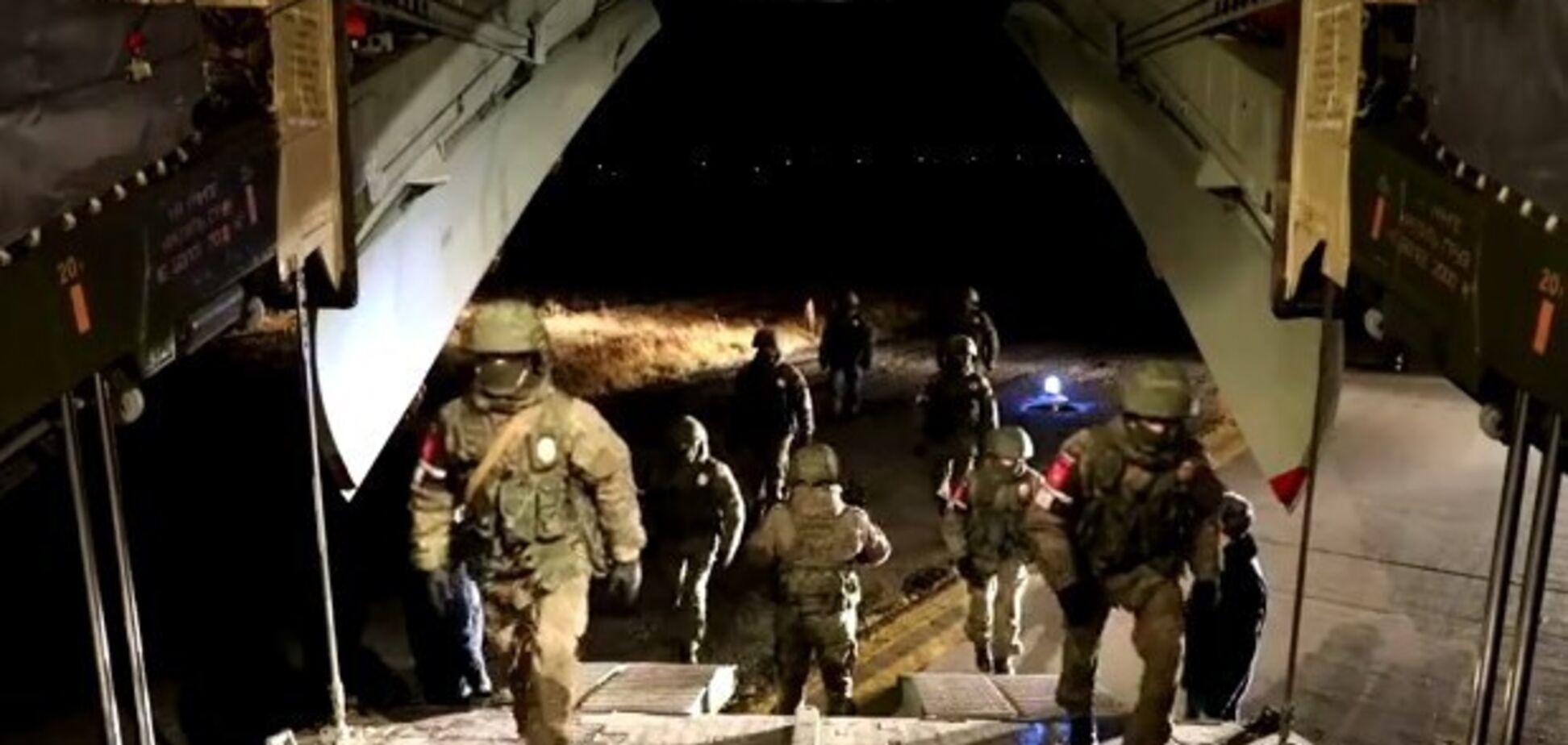 Російські миротворці увійшли в Карабах. Відео