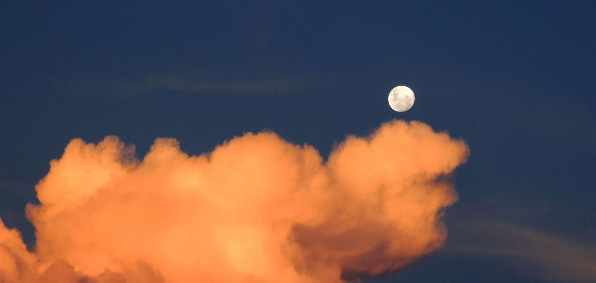 Гороскоп на 13 листопада: на що вкаже Місяць