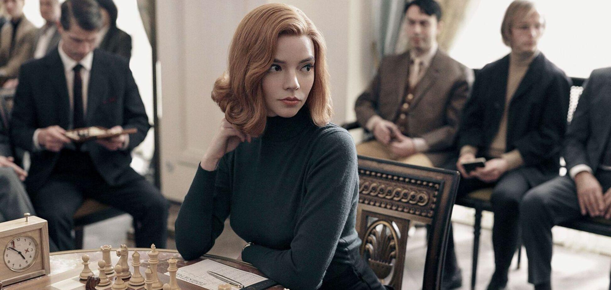 Кадр из сериала 'Ход королевы'