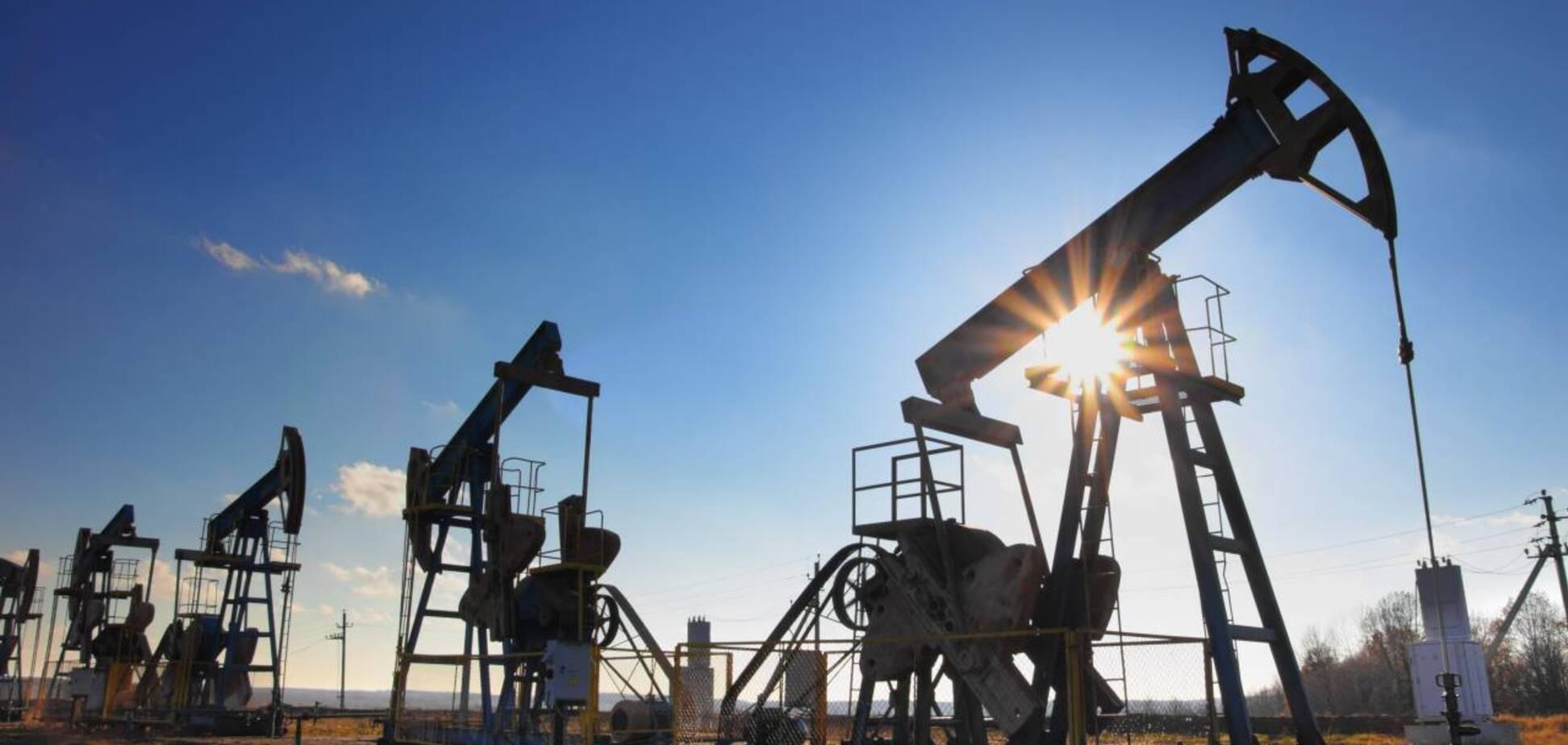 Цена на нефть достигла 13-месячного максимума
