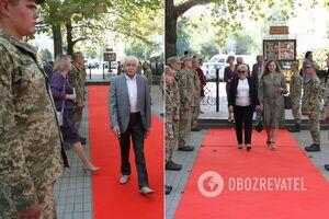Военные ВМС встречали гостей на красной дорожке в Николаеве: появилось объяснение. Фото и видео