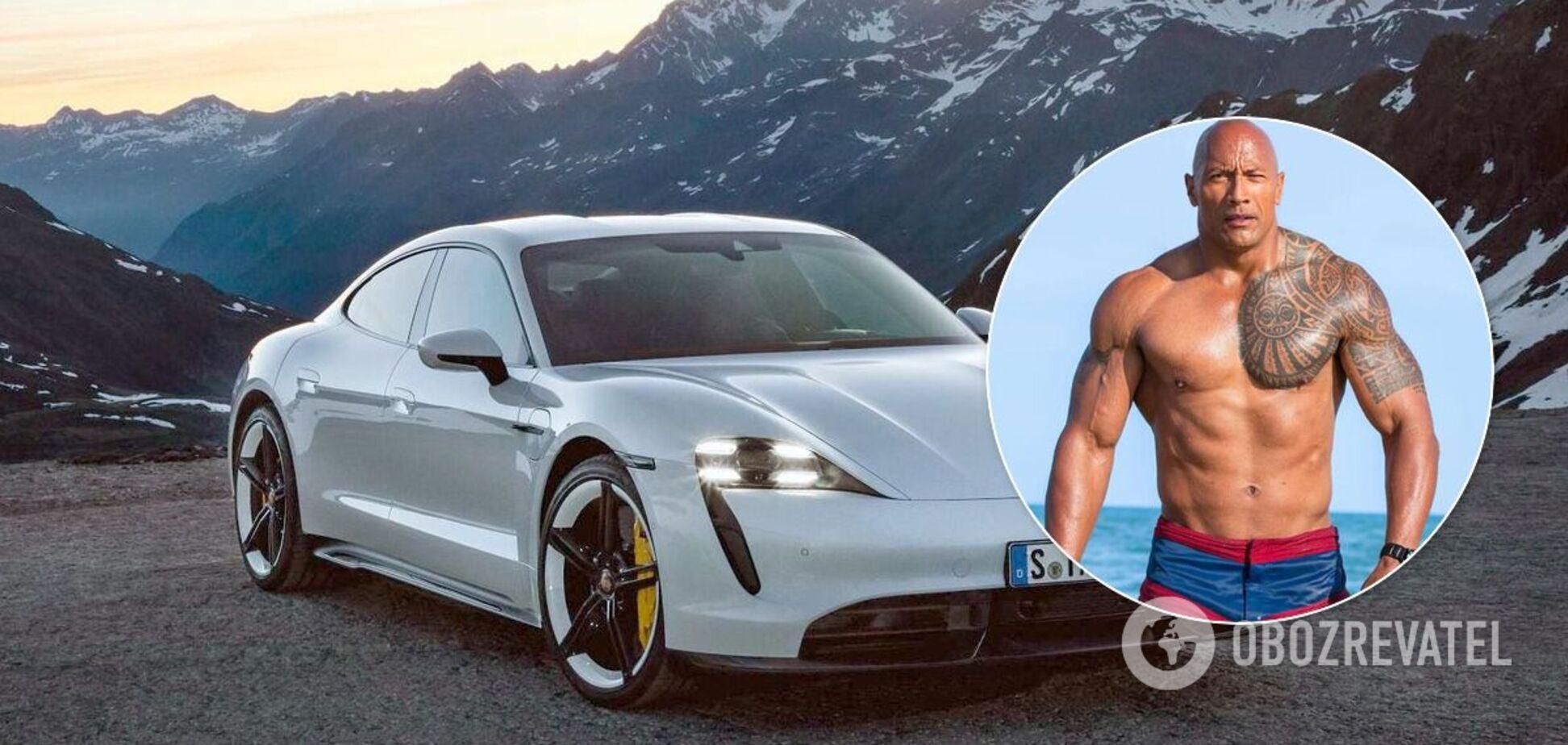 Дуейн 'Скеля' Джонсон не зміг поміститися в електромобіль Porsche