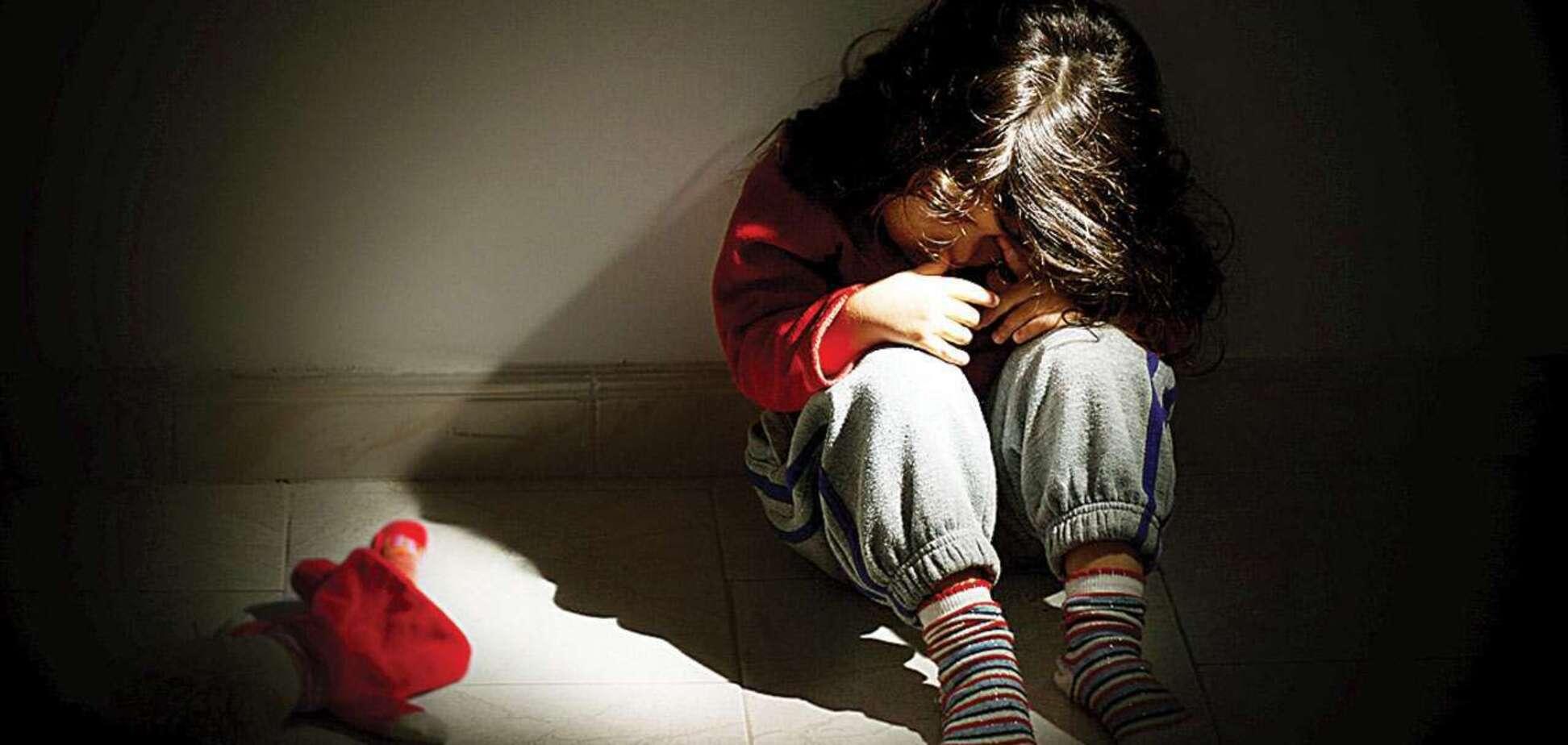 Сексуальное насилие над детьми: почему молчат дети и взрослые, которые об этом знают?