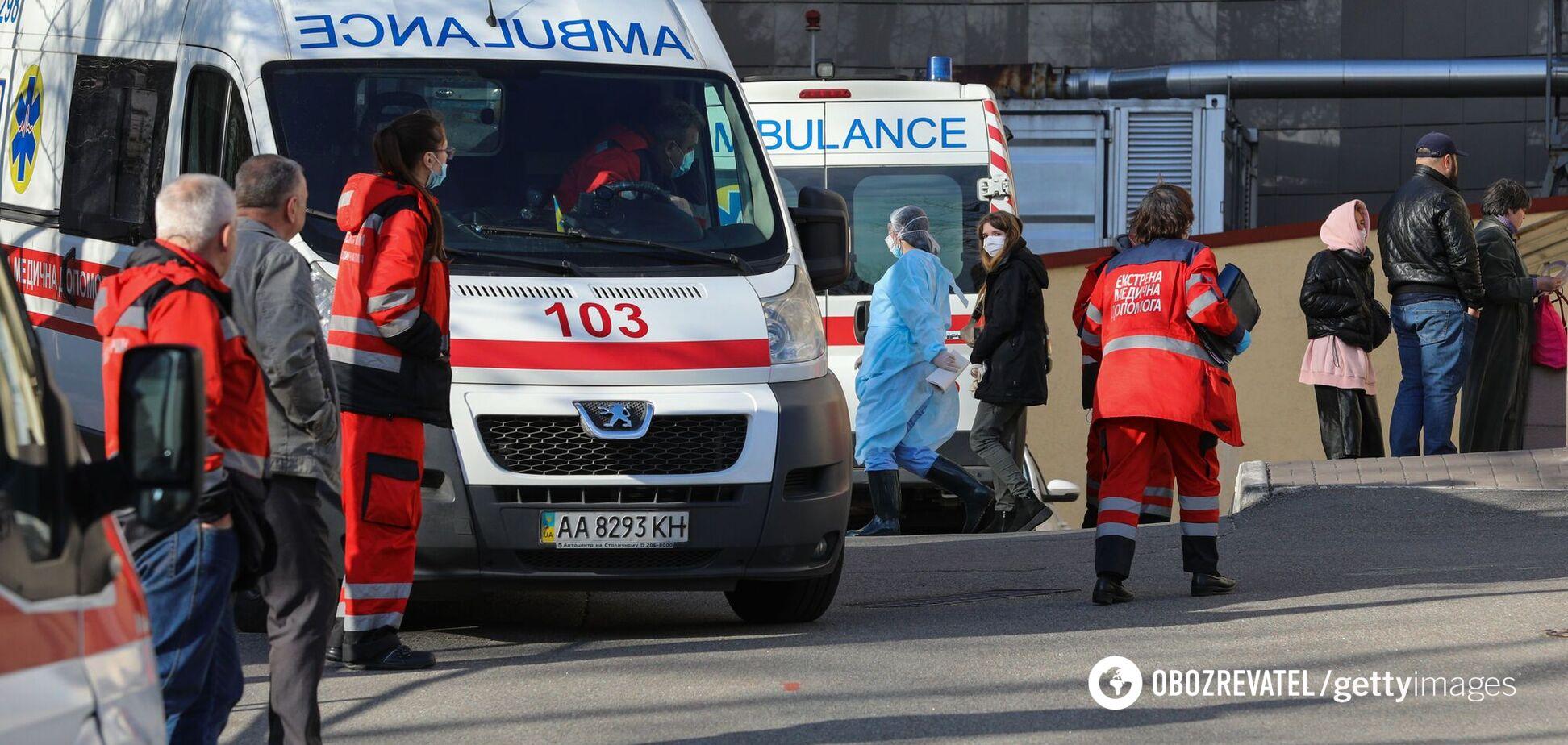 В Украине многие больницы переполнены пациентами с COVID-19