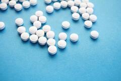 Лечение антибиотиками повышает риск ряда заболеваний у детей