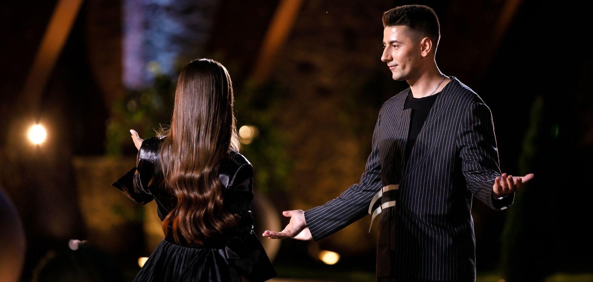 На шоу 'Холостячка' відбувся перший поцілунок: хто з учасників став 'щасливчиком'