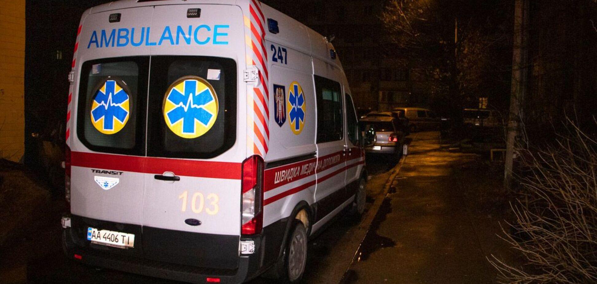 В Киеве мужчина разбился насмерть при падении с высотки