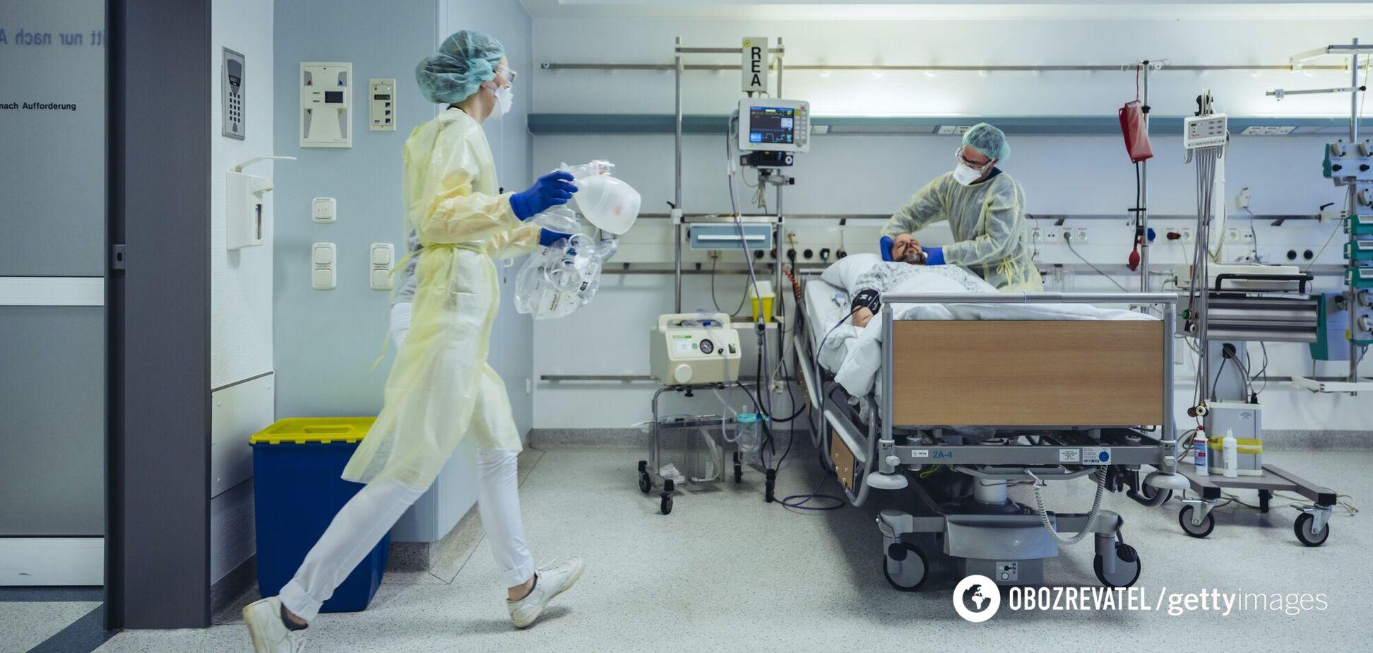 В Украине не хватает медиков для борьбы с COVID-19