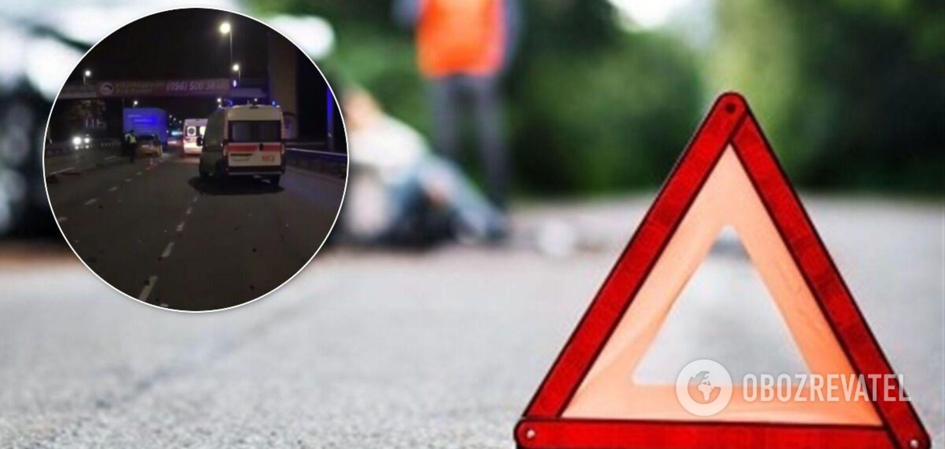 В Киеведевушка-водитель на полной скорости влетела в грузовик. Видео