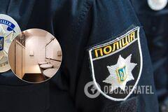 У Києві біля ресторану знайшли мертвою напівроздягнену дівчину. Фото та відео