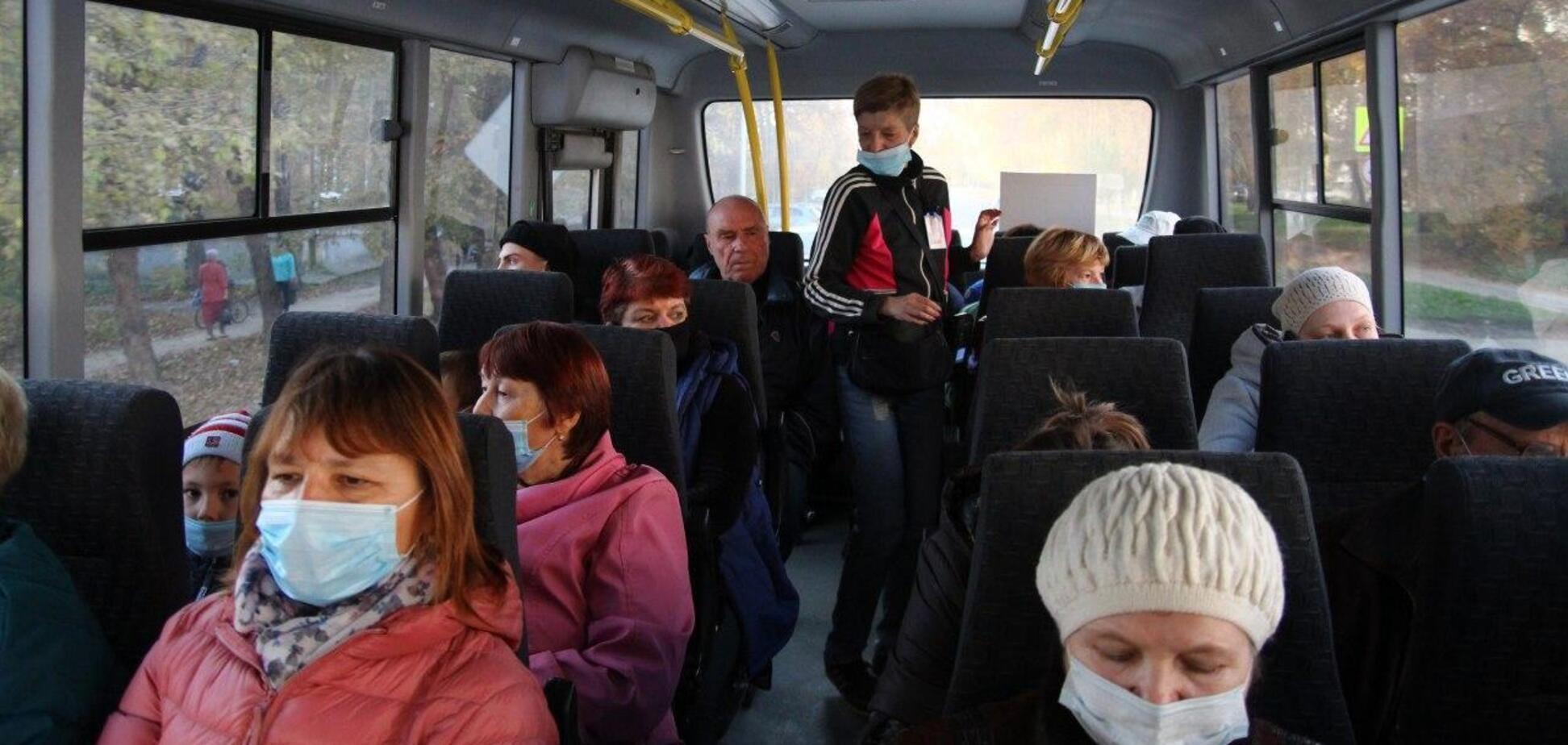 В Запорожье вытолкали пассажира из автобуса