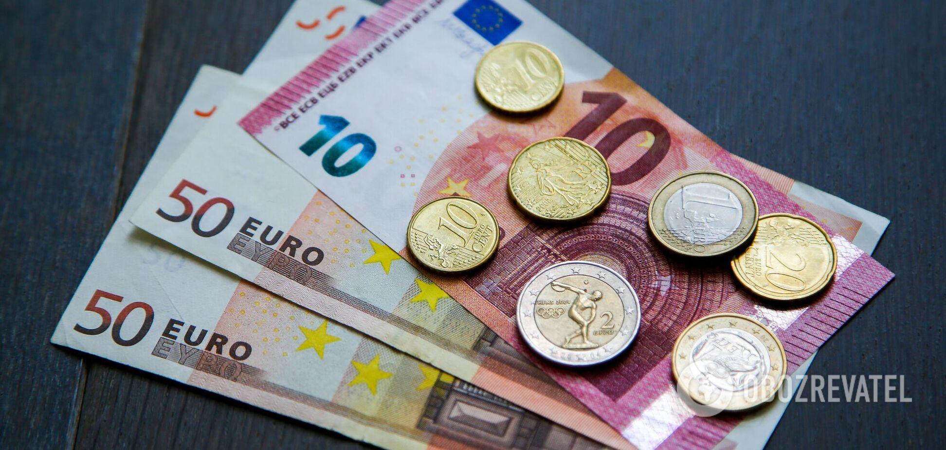 Курс евро в Украине подскочил до максимума за 2 года