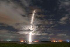 SpaceX успешно запустила ракету со спутниками Starlink. Видео
