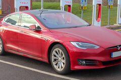Tesla Model S с пробегом 365 000 км: владелец рассказал о затратах за 4 года эксплуатации