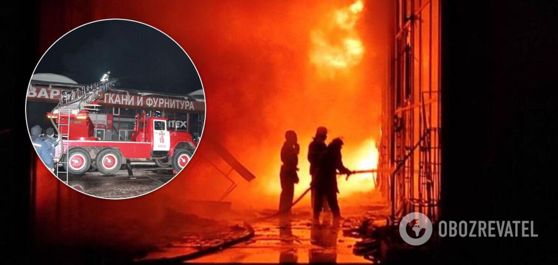 Більше 20 павільйонів згоріли повністю