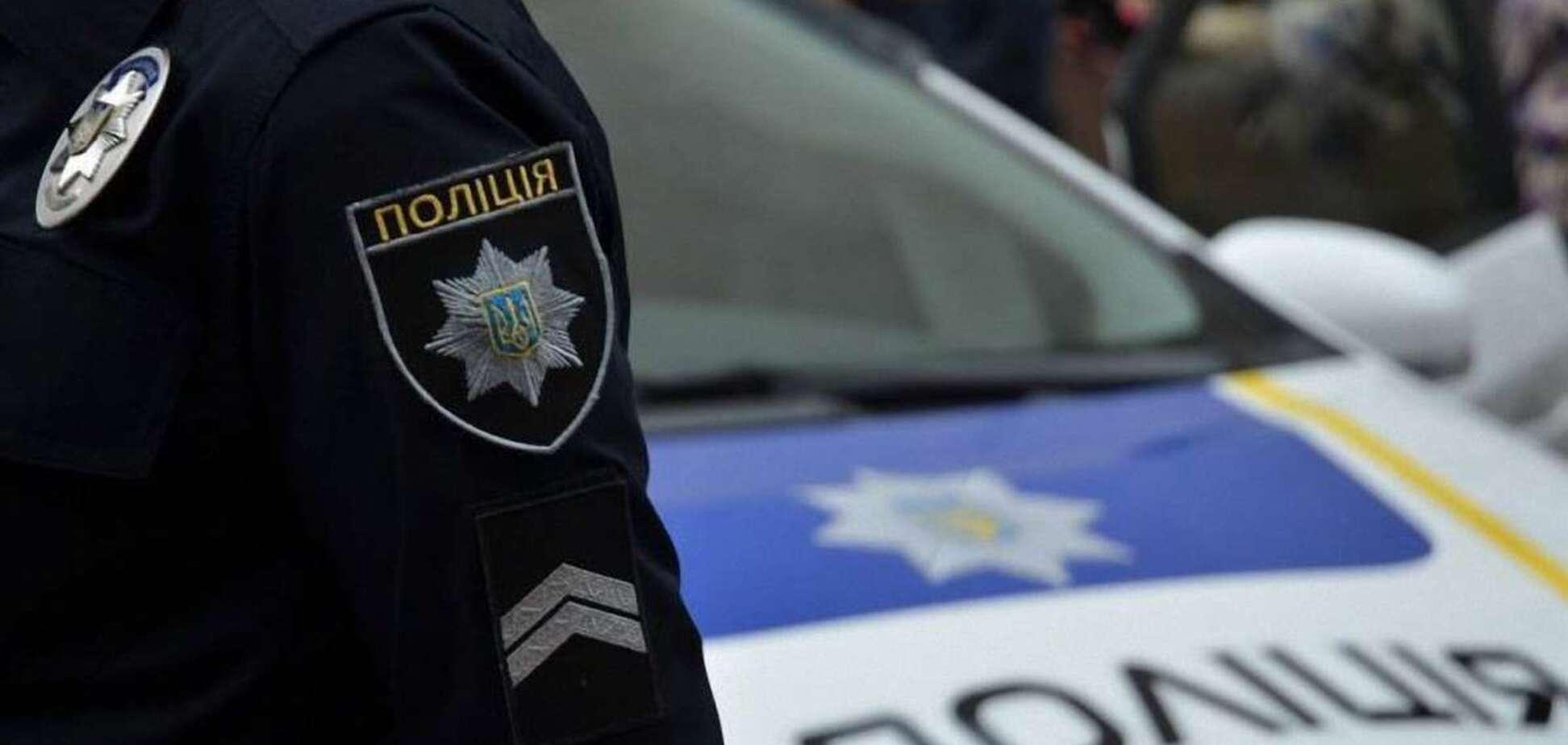 Мужчина устроил стрельбу на автомойке на Хмельнитчине