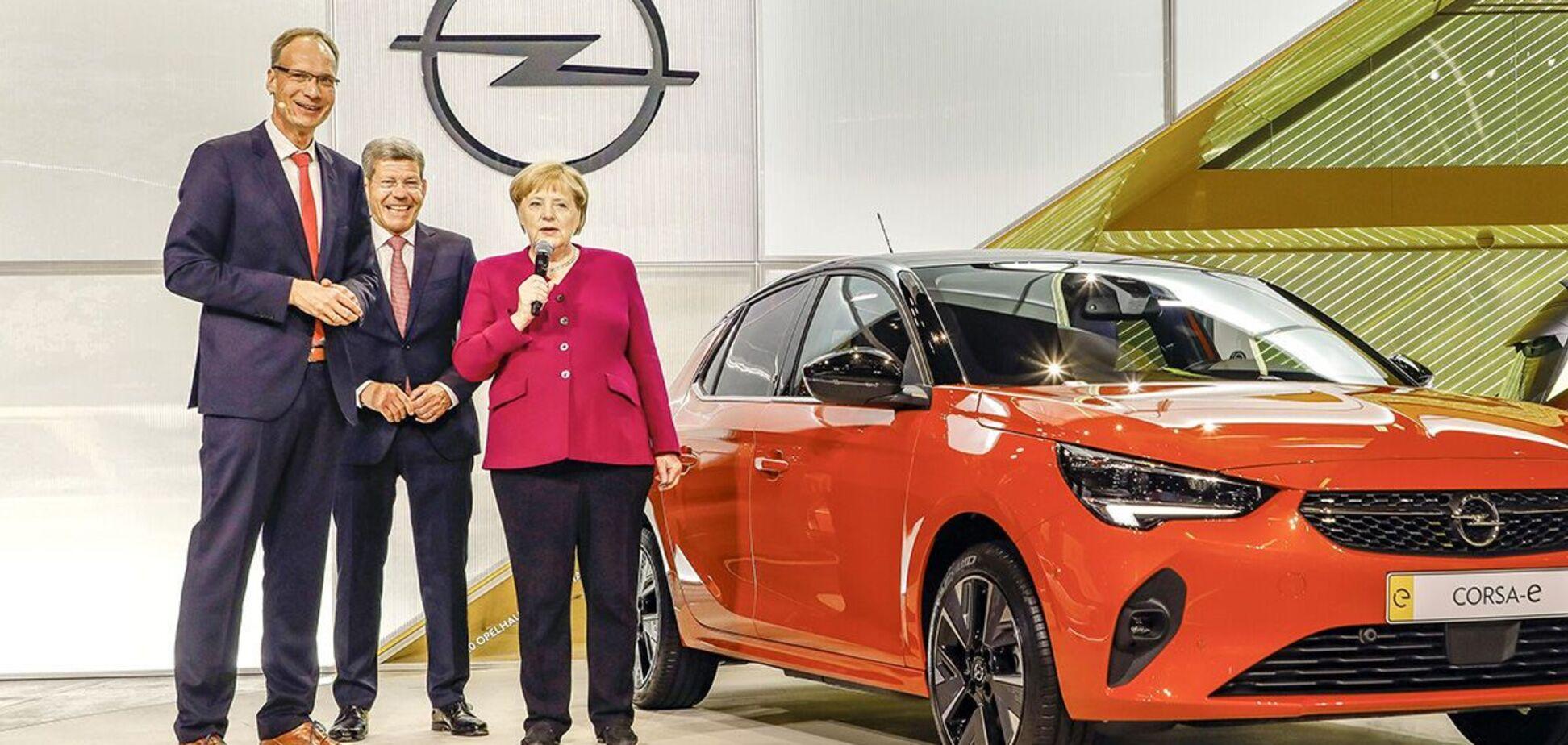 Ангела Меркель заступилась за бензиновые и дизельные авто