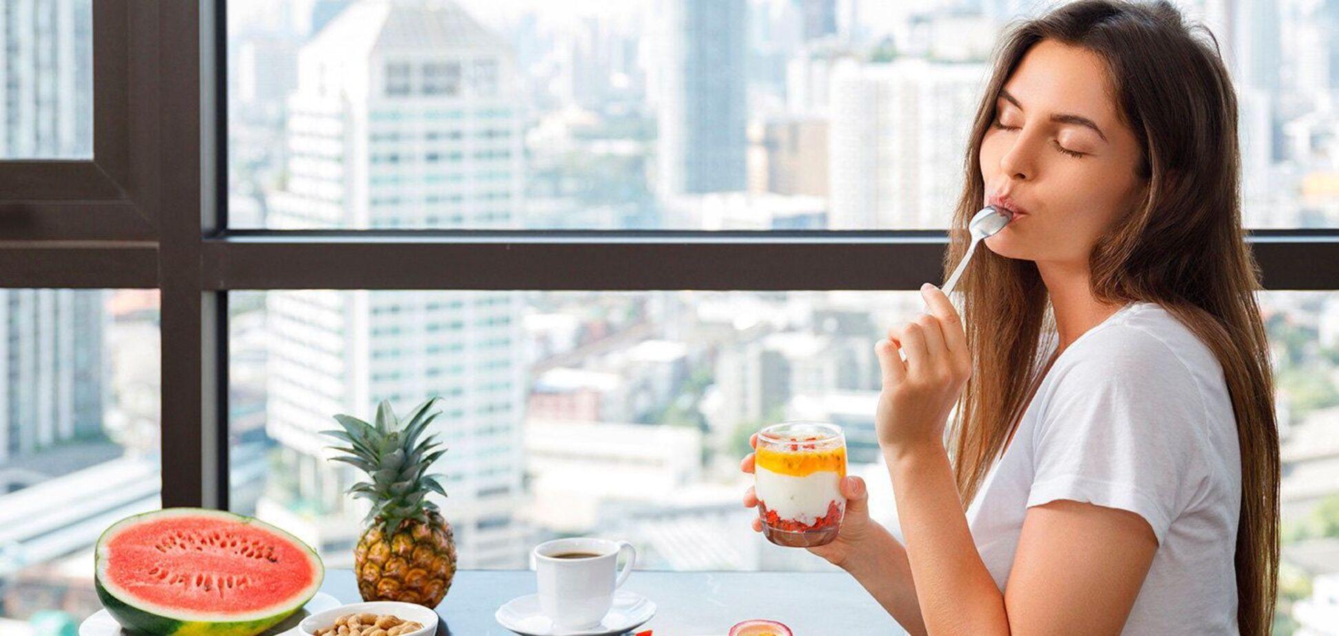 Названы продукты, которые уничтожают женское здоровье и красоту
