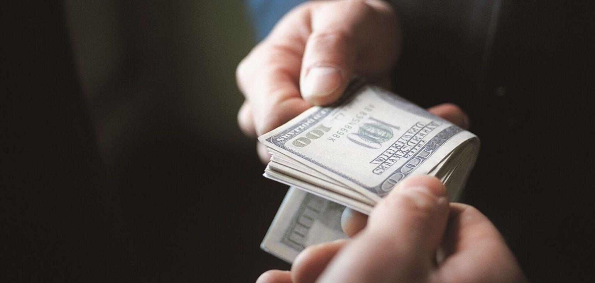 Українці оцінили рівень боротьби з корупцією