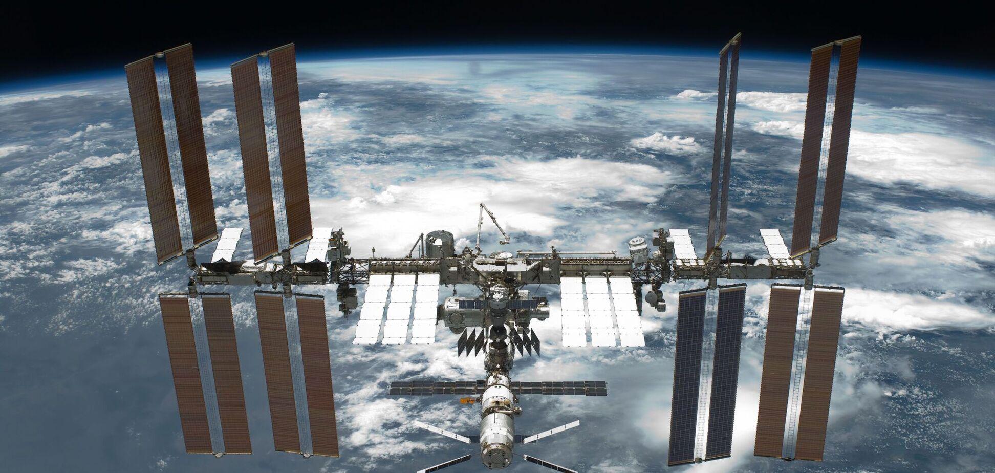 Международная космическая станция эксплуатируется с конца 1998 года