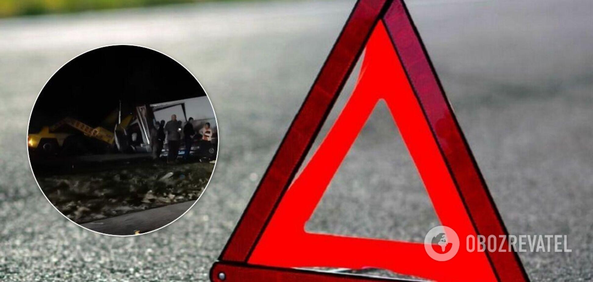 В Одесской области столкнулись грузовик и автобус