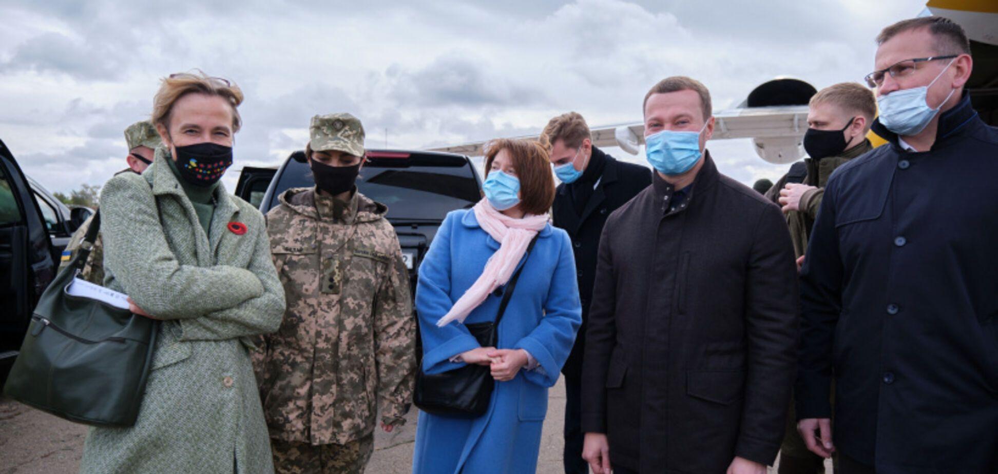 Донбасс посетили главы западных дипмиссий