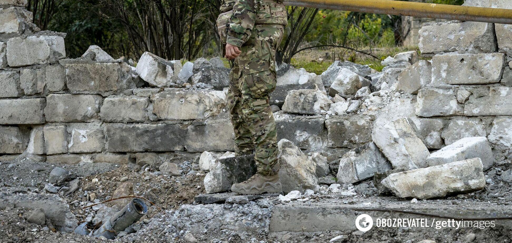 У Карабасі підірвалися на міні військові