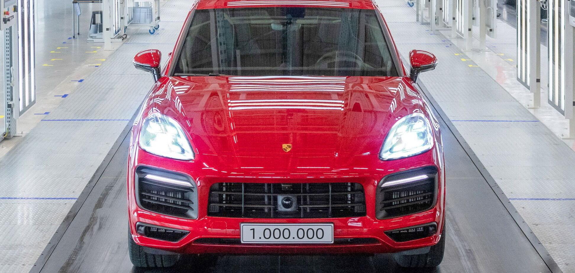 Компанія Porsche випустила мільйонний Cayenne