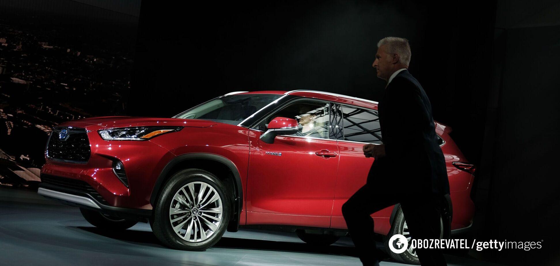 В 'Укроборонпроме' купят Toyota Highlander за 1,6 млн гривен