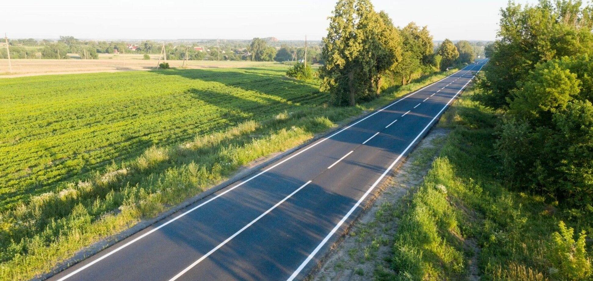 'Укравтодор' отчитался о рекордном количестве отремонтированных и построенных дорог