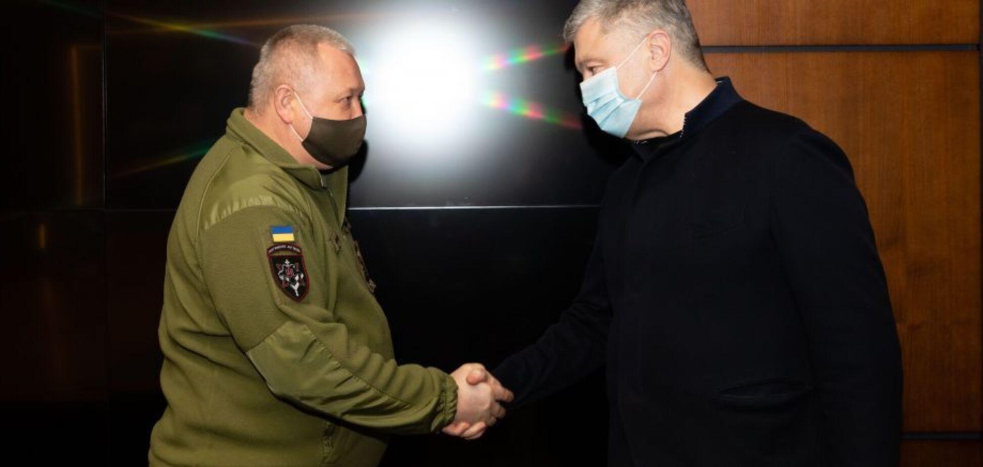 Порошенко зустрівся з генералом Марченком